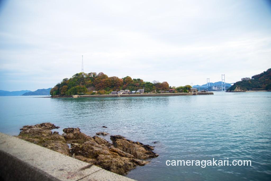 小島と来島海峡大橋