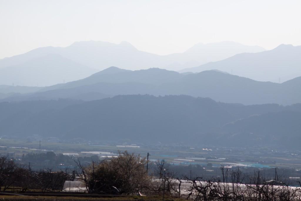 朝焼けの石鎚山系