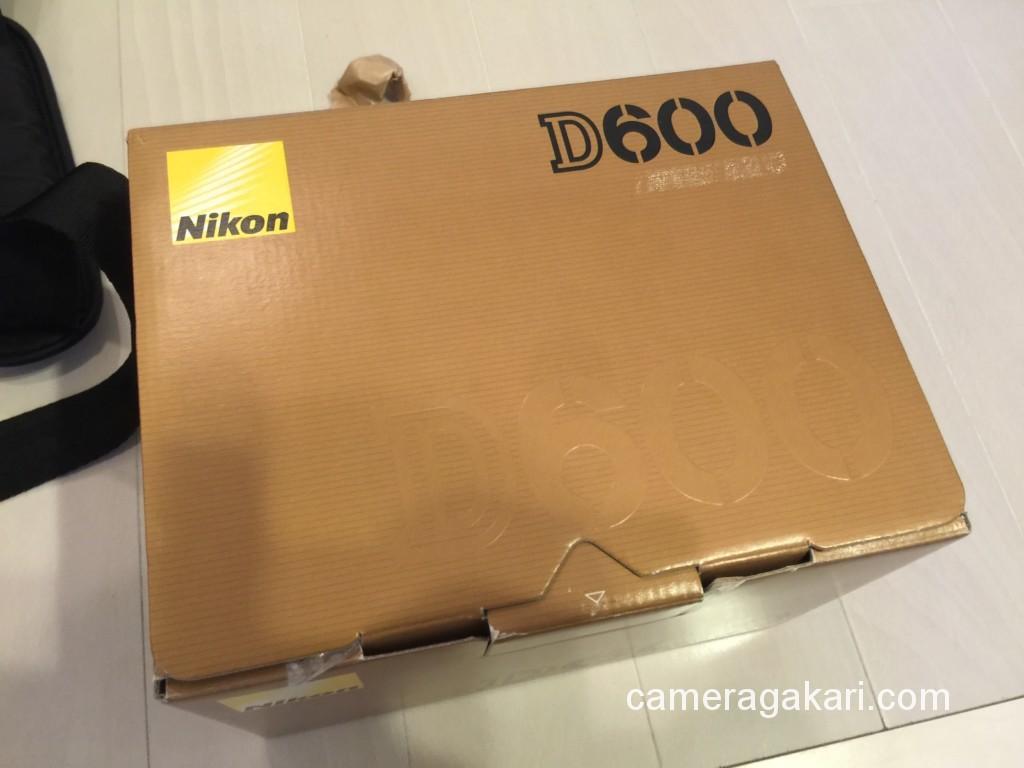 梱包し発送準備の整ったD600