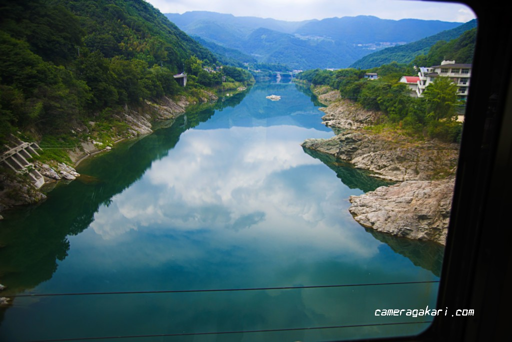吉野川 車窓から撮影