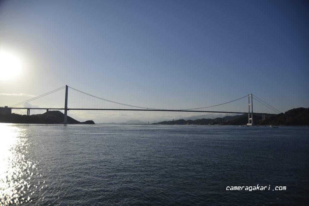 小島から見る来島海峡大橋