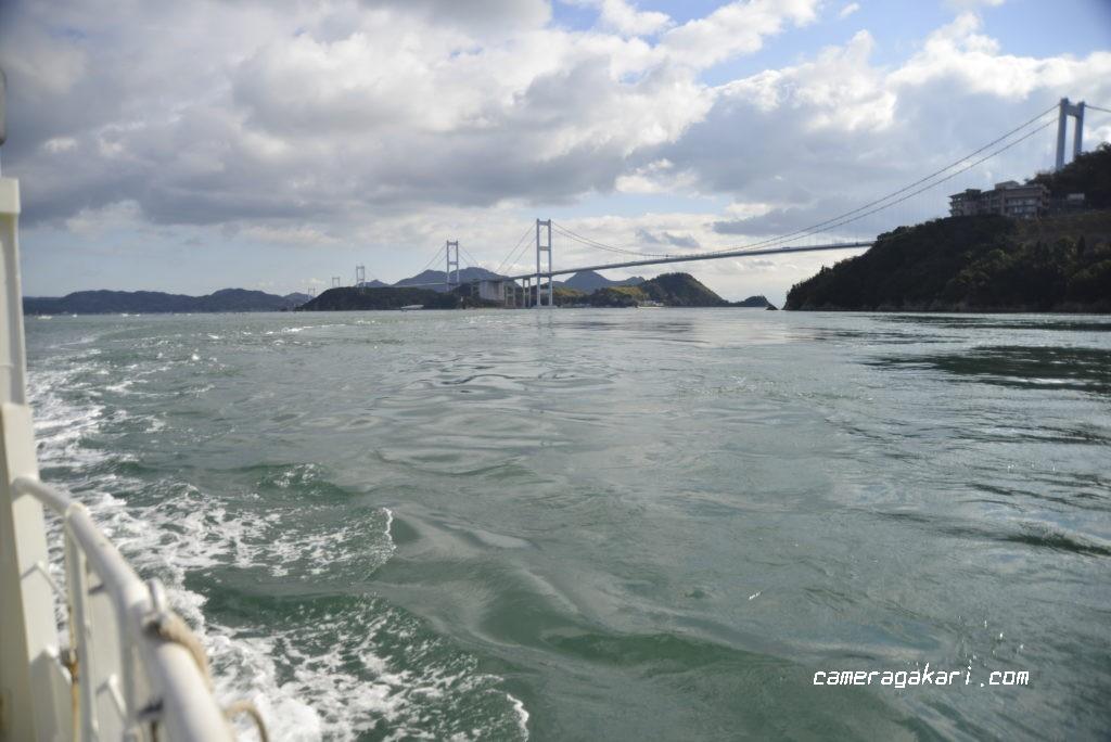 船から見る来島海峡大橋