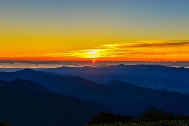 瓶ヶ森から見る夕日