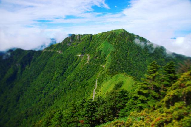 西黒森から見た稜線の風景